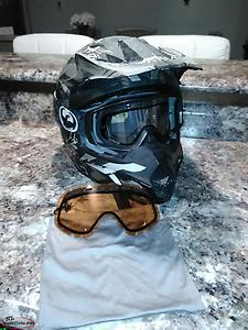 Fly helmet and dragon goggles