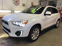 2015 MITSUBISHI RVR GT LIMITED. ---- ONLY 10,000 KILOMETERS