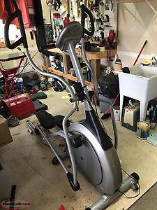 Vision Fitness Elliptical Trainer X6200