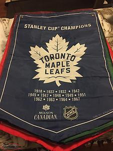 FULL SET OF HOCKEY BANNERS
