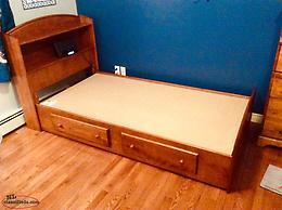 Like New-Kids Mates Bed (Canadian Made)-Solid Wood