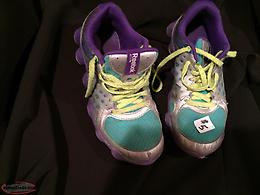 SIZE 3 1/2 GIRLS SNEAKERS