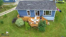 Minutes from Gros Morne, cottage on 1 acre of land