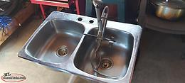 double stainless steel sink and pearless faucet