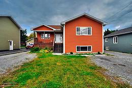 Spacious Family home in Massey Drive area with 2 bdrm apt.