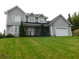 Beautiful Executive Home in Shoal Harbour