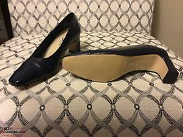 Navy Ladies High Heel Dress Shoes Size 8