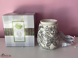 Scentsy electric wax warmer