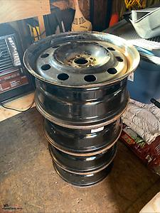 "16"" rims and sensors. 5-108 bolt pattern and 63.4 center bore. Came off Ford Escape."