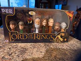 LORD OF THE RINGS PEZ COLLECTORS SERIES 2011