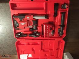 Milwaukee M12 Dust Extractor