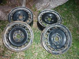 4 15IN.STEEL RIMS 5 HOLES (5X114.3) OFF 2003 NISSAN SENTRA