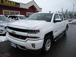 2017 Chevrolet Silverado Crew Z-71 True North 28kms $269 B/W