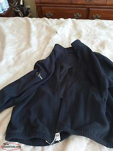 Mens fleece,xl,willows golf,tags still on it,never worn,price tag on it $67.99
