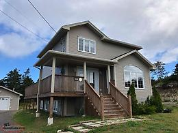 Beautiful Home in Scenic Pouch Cove