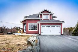 Immaculate 6 bdrm, 3.5 bath with lots of upgraded features