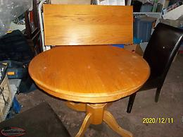 REDUCED PRICE!!! USED TABLE WITH EXTENSION PLUS 4 LEATHER CHAIRS