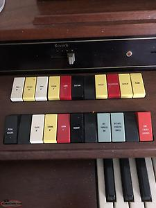 Hammond electric Organ with Auto Vari Rythm