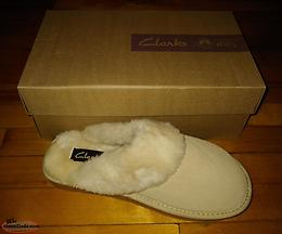 Clarks Comfy Women's Slippers