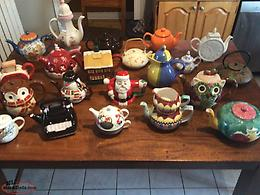 TEA POT COLLECTION ALMOST ALL ARE NEW NEVER USED ( 21 ITEMS )