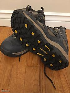 Men's Columbia Hiking Boots