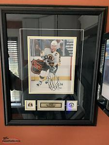 Ray Bourque signed picture