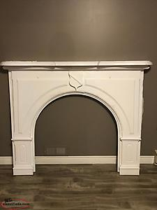 REDUCED: Fireplace Mantle