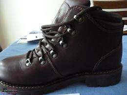 MEN`S SIZE 11M BROWN PROSPECTOR LEATHER WINTER/HIKING BOOTS