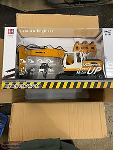 Remote controlled dump truck with FREE excavator BRAND NEW