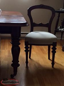 Antique Dinning Romm Table and Six Antique Chairs