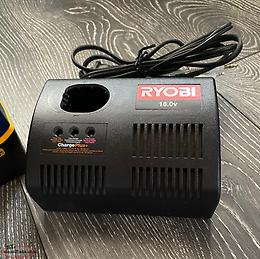 Ryobi 18v Radio for the work shop/beach/cabin