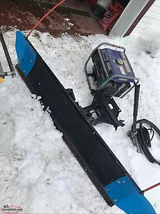Quick release Polaris snow plow