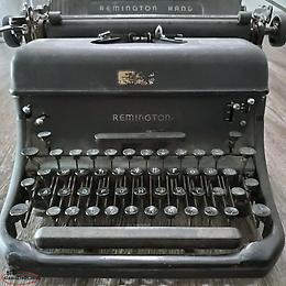 very rare antique Remington Rand Typewriter