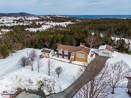 53 Salerno Pl, Torbay. 0.4 Acres, 4 beds, 2 baths, plus detached Office & Garage