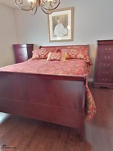 Complete 6 piece Queen Bedroom set for sale