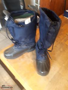 Boots, Womens, New never used. Winter type