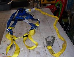 North Full body Harness with Shock Absorbing Lanyard