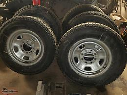 265/70R18 Studded Tires and Rims