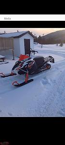 XF 8000 High Country. Only 1000 kms on sled.