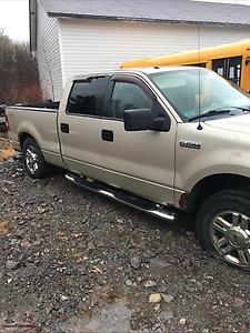 2008 Ford F-150 truck is running