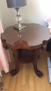 F/S:Antique Coffee and end table
