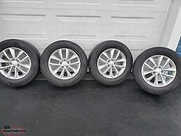 235/65R17 summer tires and rims off of 2018 kia sorento