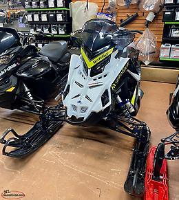2021 Polaris Matryx 650 ASSAULT ONLY 300 miles 4 years warranty