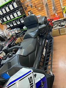 2021 Polaris Titan only 257 miles 4 years warranty