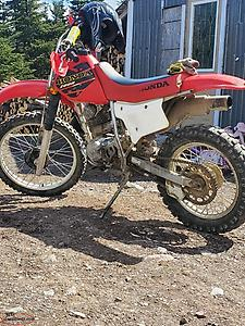 wanted to buy parts for xr200r honda