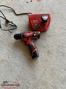 Milwaukee 12V Cordless Compact Drill