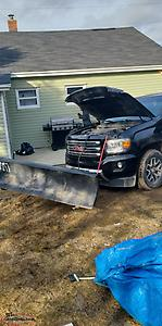 2015 GMC CANYON SLE WITH PLOW AND ALL HOOK UPS