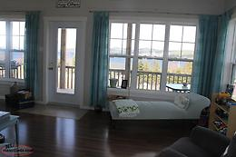 Ocean view cottage in Jamestown, NL.