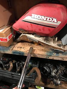 250es big red parts NEED GONE!