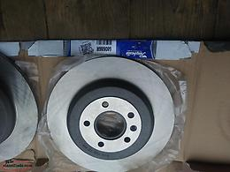 For Sale rear-brake pads & Raybestos Rotors Ford Edge 2011-14